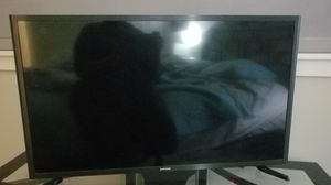 32 inch Samsung TV, excellent condition like new. for Sale in WA, US