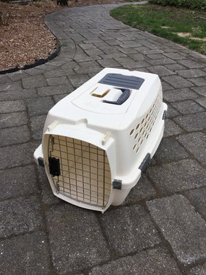 Pet carrier cat bunny small dog crate for Sale in Concord, MA