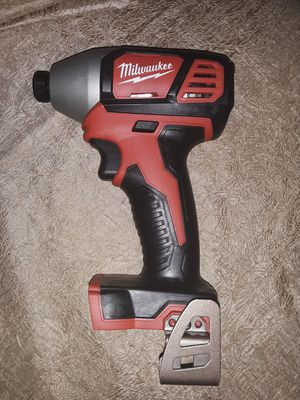 NEW MILWAUKEE M18 1/4 IMPACT DRIVER TOOL for Sale in Glendale, AZ