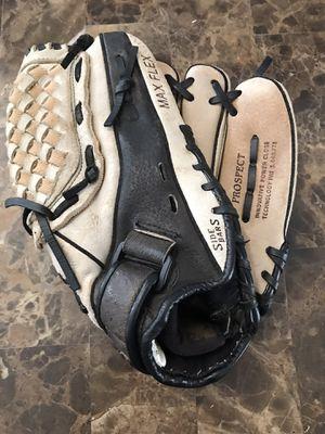 "Mizuno GPP-1152 11.5"" Youth Baseball Softball Glove Right Hand Throw for Sale in Carpentersville, IL"