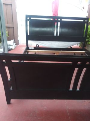 King bed and matres king.ashley sleep pilotop for Sale in Hialeah, FL