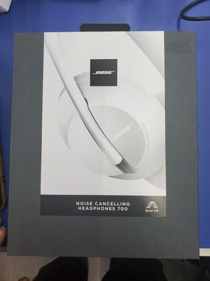 Bose Noise Cancelling Wireless Bluetooth Headphones 700 for Sale in Webster, TX