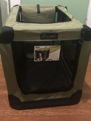 Sof-krate 2 pet carrier/portable doghouse. for Sale in Seattle, WA