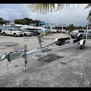 New Sea Hawk Aluminum trailer, 24-27ft, 10k, $4600 plus tax for Sale in Fort Lauderdale, FL