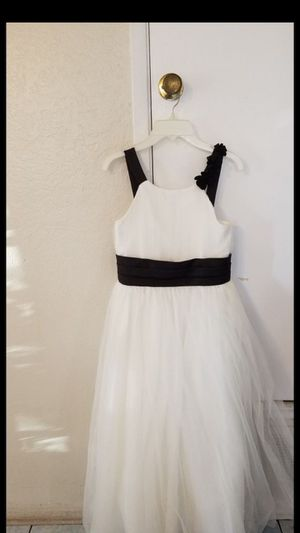beautiful brand new flower girls dress for Sale in Huntington Beach, CA