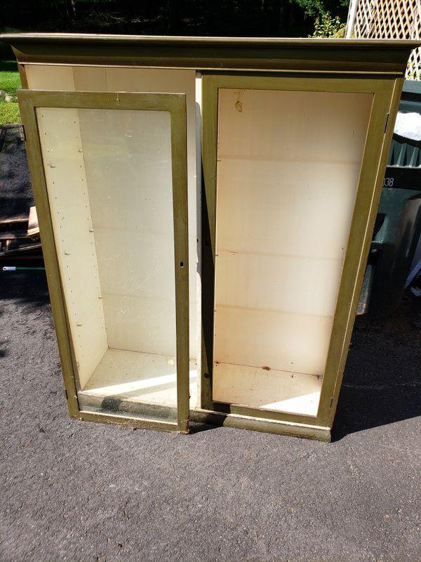 Cabinet hutchtop
