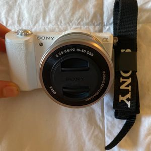 SONY brand new camera + video : a5100 for Sale in Long Beach, CA