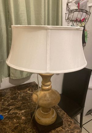 Vintage lamp for Sale in Los Angeles, CA