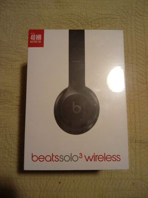 Brand New Beats Solo 3 Wireless Headphones for Sale in North Charleston, SC