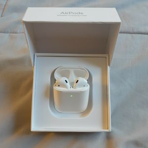Apple Airpods Gen 1 for Sale in Potomac, MD