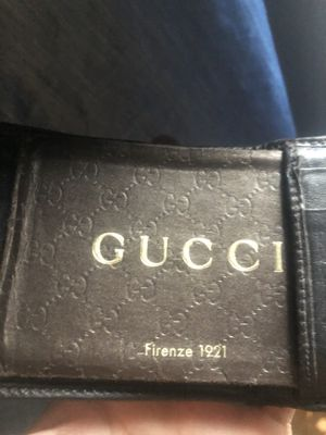 Gucci wallet for Sale in Perris, CA