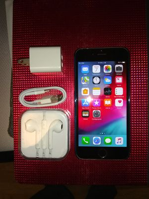iPhone 6 plus 64gb unlocked for Sale in Falls Church, VA