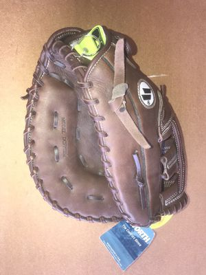 Worth Fast Pitch Softball Glove for Sale in O'Fallon, MO
