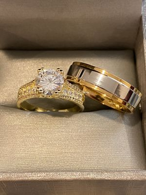 18K Gold plated Shiny MatchingRing Set- Code YL10 for Sale in Boston, MA