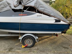18 ft Bayliner capri boat for sale or trade for Sale in Kent, WA