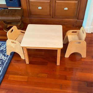 Toddler Table and 2 Chairs for Sale in Miami, FL