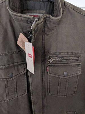 Levi's Men's Canvas Full-Zip SIX-Pocket Trucker Jacket - BRAND NEW WITH TAGS - MENS MEDIUM for Sale in Gaithersburg, MD