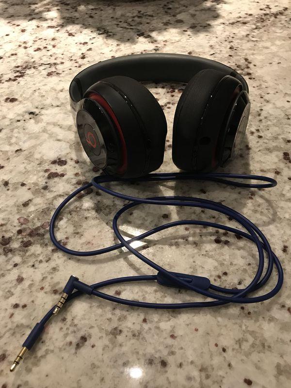 Beats by Dre (STUDIO) headphones