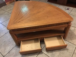 Wooden Cofeetable for Sale in Deerfield Beach, FL