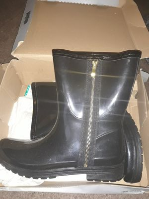 Womens Rain boots size 11 for Sale in Oklahoma City, OK