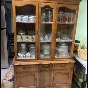 Cabinet for Sale in Dearborn, MI