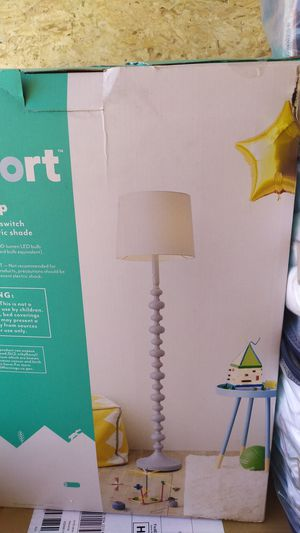 Floor Lamp for Sale in Phoenix, AZ