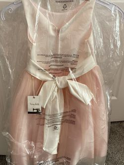 champagne pink kids dress for Sale in Edgewater,  MD