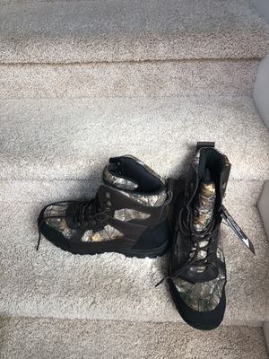New camo boots weather proof slip resistant water resistant size 13 and 14 available obo for Sale in Snohomish, WA