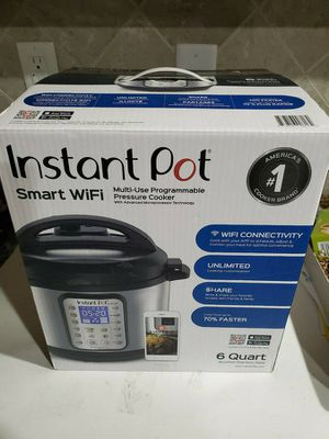 Instant Pot WiFi 6 Quart Excellent Condition for Sale in UNIVERSITY PA, MD