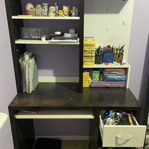 Desk for Sale in Brooklyn, NY