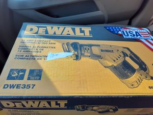 Dewalt 12AMP COMPACT RECIPROCATING SAW for Sale in Baltimore, MD