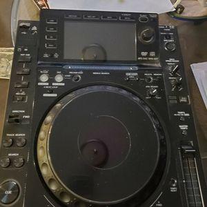 Pioneer Cdj 2000 (2) for Sale in Ontario, CA