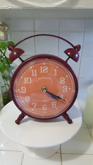 Antique Clock for Sale in San Bernardino, CA