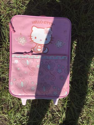 Hello kitty suitcase $3 for Sale in Zephyrhills, FL