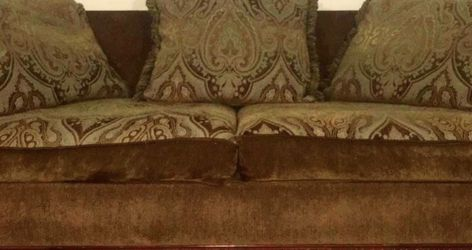 Sofá (couch) for Sale in Hutto,  TX