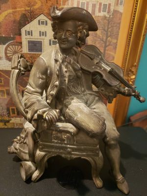 Antique metal statues- antique spelter statue for Sale in Los Angeles, CA