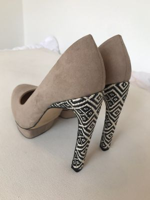 Zara Basic Nude Suede Platforms w  Tribal Heel Design Size 6 for Sale in NJ 45029e2ba4df0