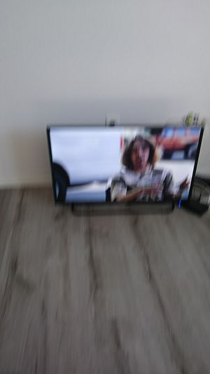 32 inch element tv for Sale in Chula Vista, CA