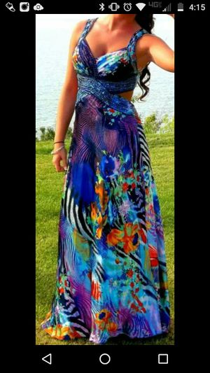 Prom dress for Sale in Mentor, OH
