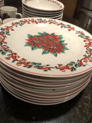 Holiday Table Setting for Ten / dinner plates, bowls, mugs and saucers for Sale in San Diego, CA