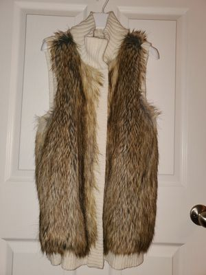 Women's MICHAEL KORS Faux Fur Vest Cream Canadian Fox (SIZE: S) for Sale in NEWTON U F, MA