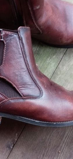 Memory Foam Leather Boots for Sale in Carrboro,  NC