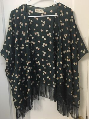 Floral kimono with fringe for Sale in Quincy, MA
