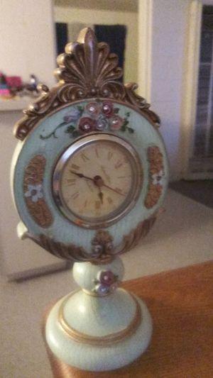 Antique clock for Sale in El Paso, TX