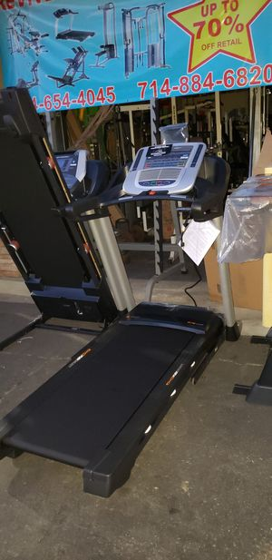 Nordictrack C700 treadmill 300lbs weight Capacity great cardio machine for your home gym for Sale in Anaheim, CA