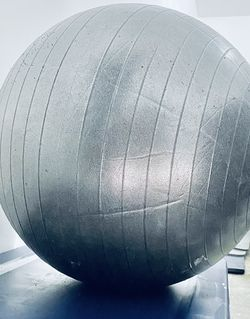 Exercise Ball - EXCELLENT CONDITION for Sale in Bothell,  WA