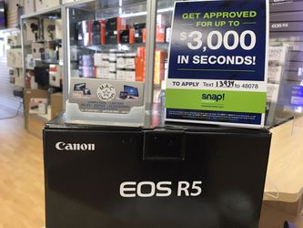 Canon EOS R5 >> payment plan available >>>no credit needed for Sale in Yorba Linda,  CA