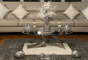 Living Room Furniture Dining Room Table for Sale in O'Fallon,  IL