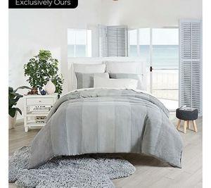 Ugg Asher 3 piece comforter set king for Sale in Milton, FL