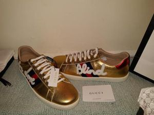 Gucci for Sale in Dover, DE